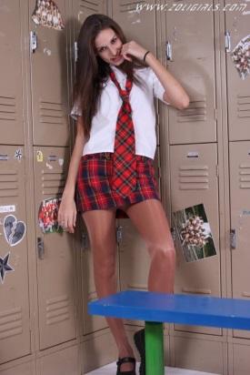 zoligirls-schoolgirl-pantyhose-cutie-01