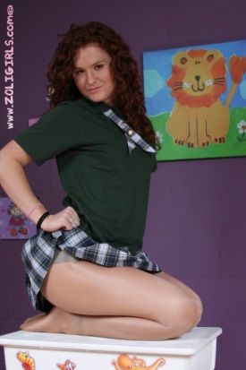 zoligirls-schoolgirl-skirt-and-pantyhose-03