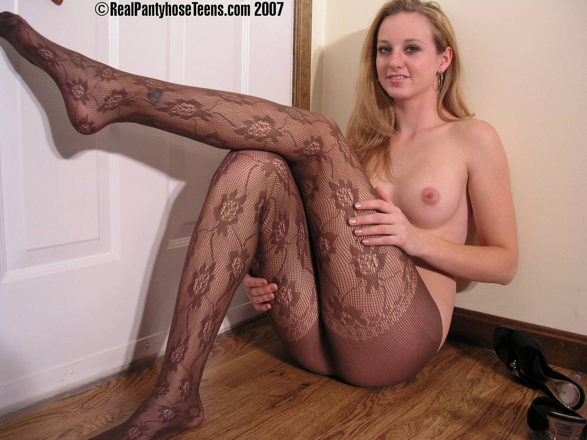 Real Pantyhose Teens Devon Lee