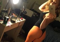 Real Pantyhose Teens Chanel Pantyhose Selfie
