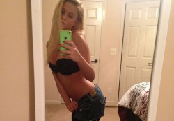 Real Pantyhose Teens Selfie Kelsey