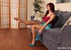 JBVideo Raven Rockette's Pantyhose Tease