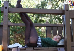 schoolgirl pantyhose anna zoligirls