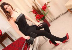 opaque pantyhose heels