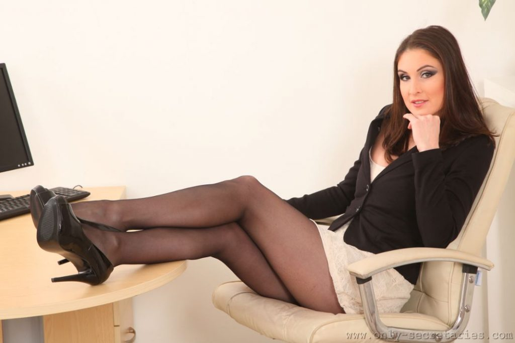 secretary-pantyhose-sex-site-profile