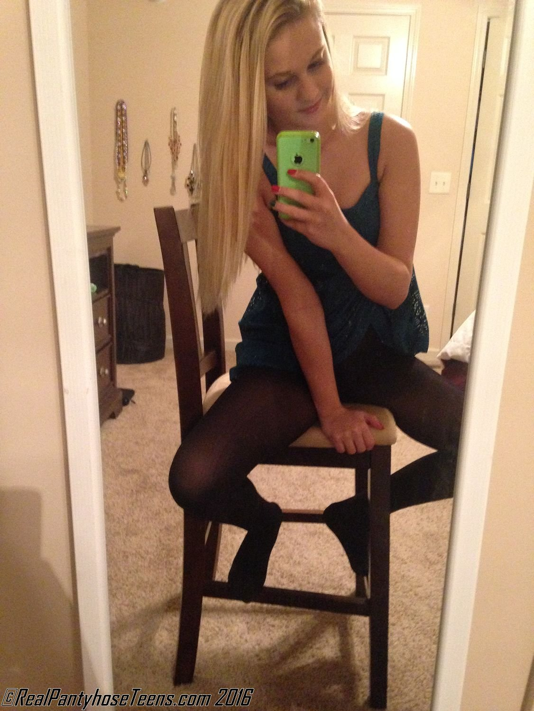 Blogs Teen Pantyhose 117