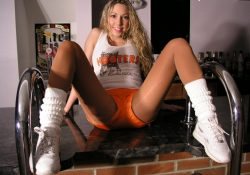 beautiful bri hooters uniform pantyhose