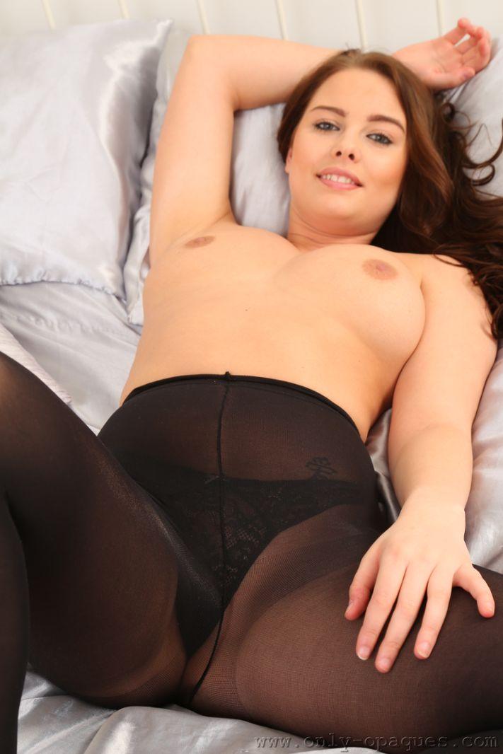 Milfs in panties and stockings