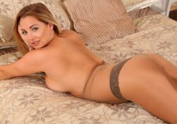 daisy watts in pantyhose