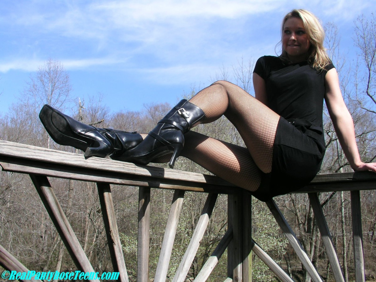 Real Pantyhose Teens Katie