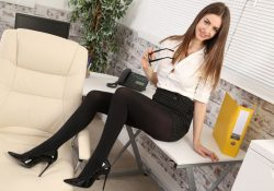 Only Secretaries Stella Cox pantyhose