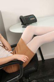 OnlyTease Stephanie Bonham pantyhose