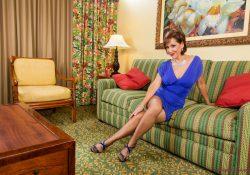 pantyhose milf roni high heels